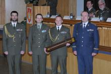 I meč pro nejlepšího absolventa Základního důstojnického kurzu zůstal ve Vyškově
