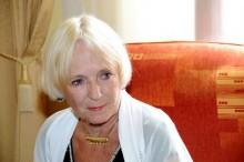 Běla Gran Jensen navštíví výstavu – 25 let působení hnutí Na vlastních nohou – Stonožka