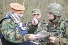 Ve Vyškově začal kurz přežití, vojáci připravují novináře na krizové situace