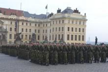 Armádní nováčci budou přísahat vPraze. Vyškovské přiveze mimořádně vypravený vlak