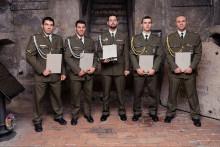31, 34, 41, 42 a 44: Pět vítězných čísel kurzu Komando, pět jeho nových absolventů