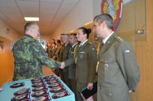 Nášivku aodznak Vojenské akademie převzali její noví příslušníci
