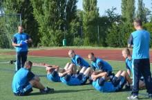 Noví studenti Univerzity obrany podstupují v kurzu základní přípravy vstupní testování tělesné zdatnosti