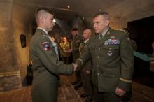 Osm vojáků absolvovalo elitní kurz útočného boje – Komando