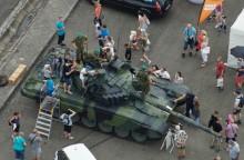 AČR obsadila Kopřivnici – nechyběl ani tank!