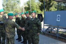 Vrámci dne Ozbrojených sil ČR se oceňovalo inaPraporu zabezpečení Vyškov