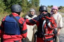 Kurzy civilních zaměstnanců NATO podrouškou přísných opatření